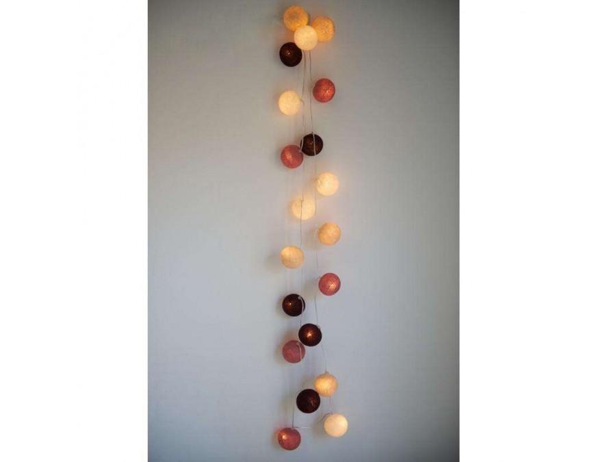 гирлянда с разноцветными шариками